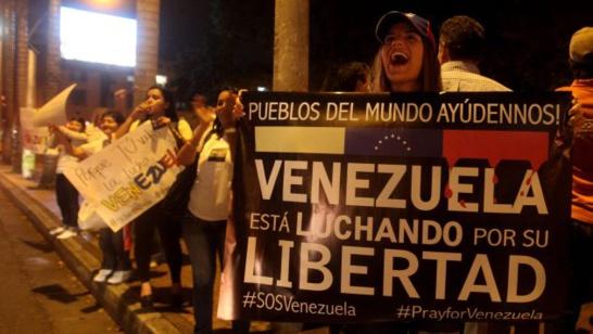 Millones de venezolanos exigen al Presidente Nicolás MADURO que dimita ante una crisis alarmante (fuente: EFE).