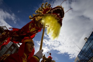 source: AP Photo/Paul White | People from the Chinese community celebrate the Lunar New Year, the year of the Rooster, in Madrid, Spain on 28.01.2017.